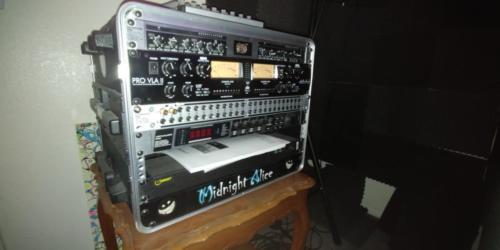 MidnightAlice-InTheStudio (17)